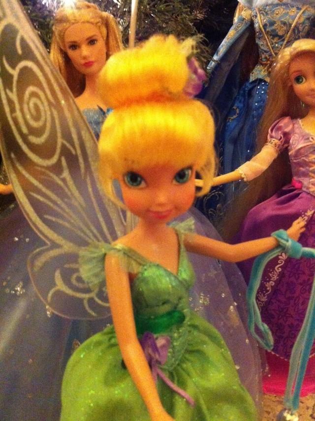 Ma collection des poupées des films de DISNEY - Page 6 Img_8627