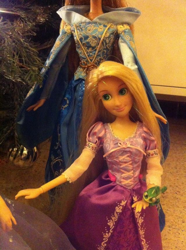 Ma collection des poupées des films de DISNEY - Page 6 Img_8628