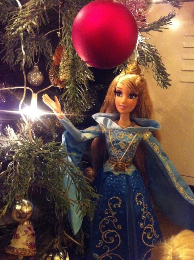 Ma collection des poupées des films de DISNEY - Page 6 Img_8643