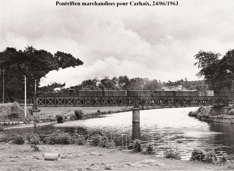 DE LA BROHINIERE A CHATEAULIN EMBT.... Pont_t10