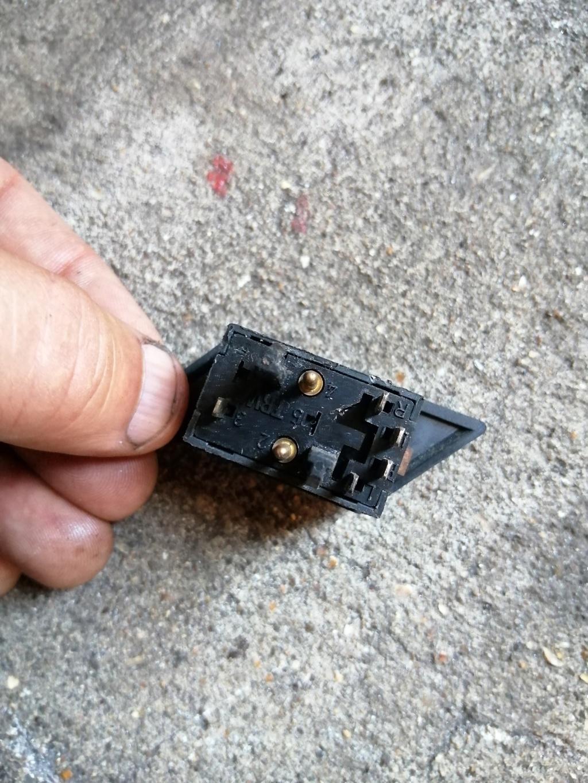Commande des rétros exterieurs électrique Spider4 Img_2045