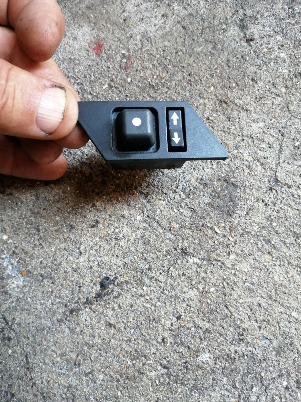 Commande des rétros exterieurs électrique Spider4 Img_2046