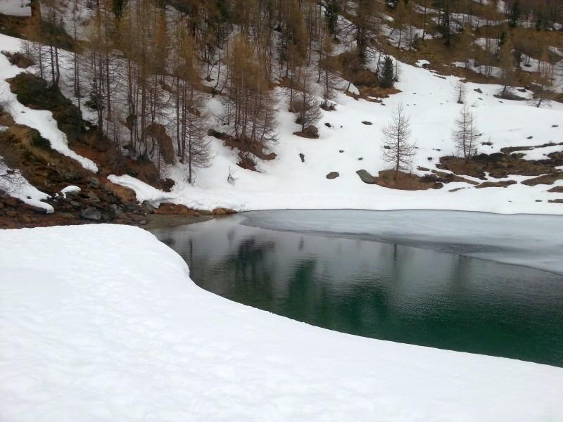 Lac bleu sous glace, qui est motivé pour l'année prochaine? Small_11