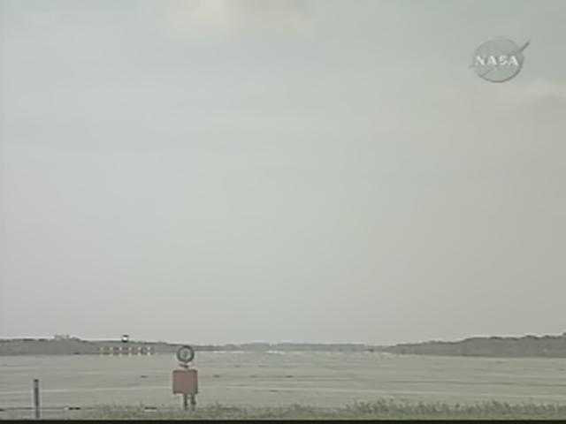 [STS-119] Discovery : retour sur Terre (19h14 GMT / 20h14 Paris) Realp103