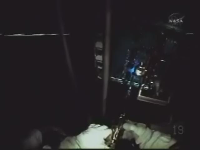 [STS-125] EVA - 4 - Page 3 Realp156