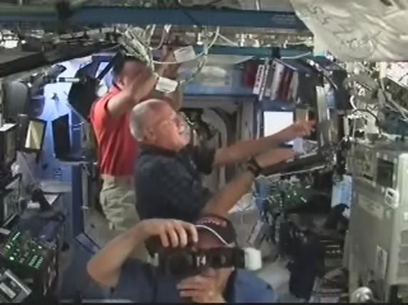 [STS-119] Discovery: la mission - Page 6 Realpl46