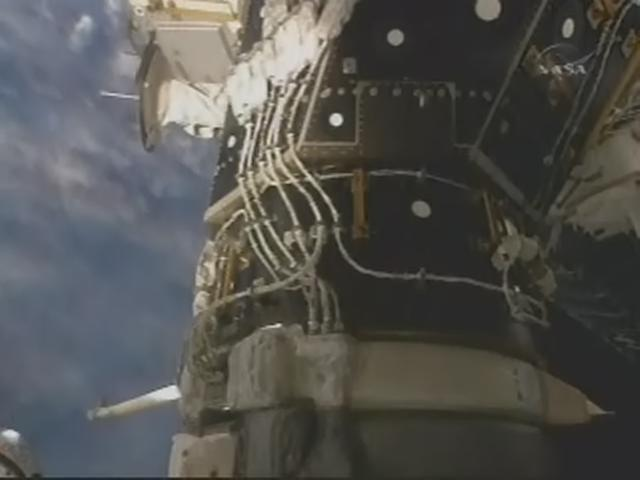 [STS-119] Discovery: la mission - Page 9 Realpl76