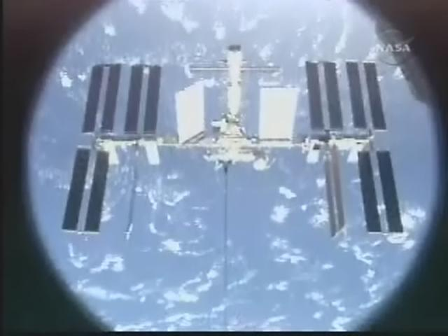[STS-119] Discovery: la mission - Page 11 Realpl96