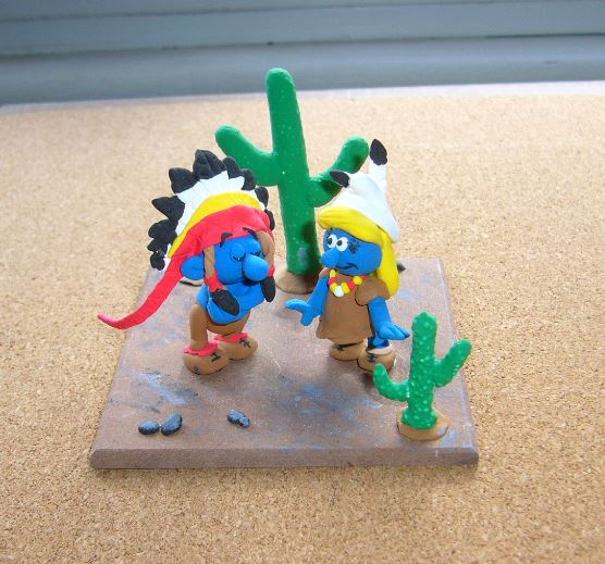 Petits schtroumpfs en pate polymère ( fimo , patarev, pate à modeler ....) - Page 5 Smurf510