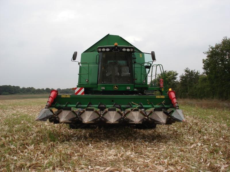 Moissons maïs 2009 Dsc05311