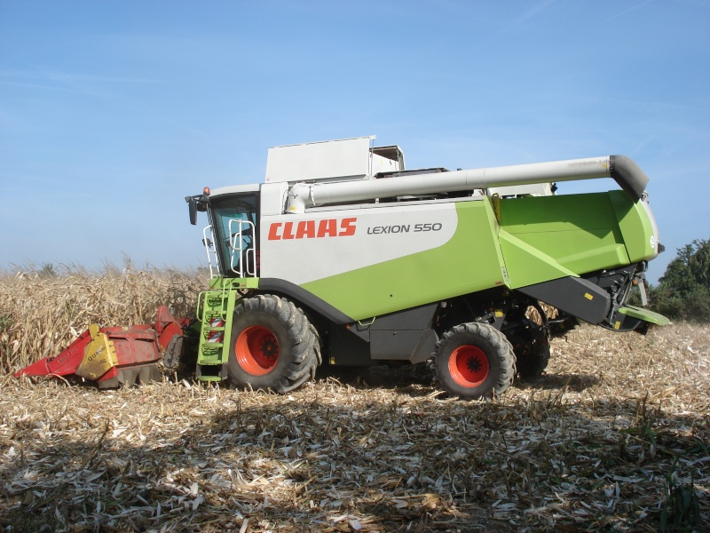 Moissons maïs 2009 Dsc05411