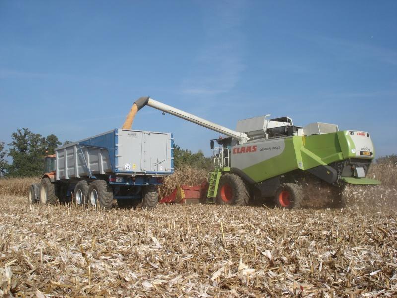 Moissons maïs 2009 Dsc05414