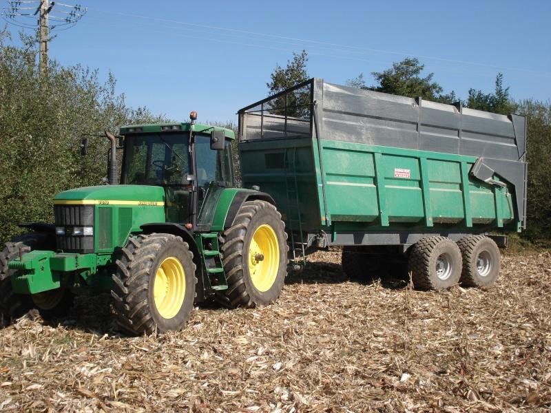 Moissons maïs 2009 Dsc05421