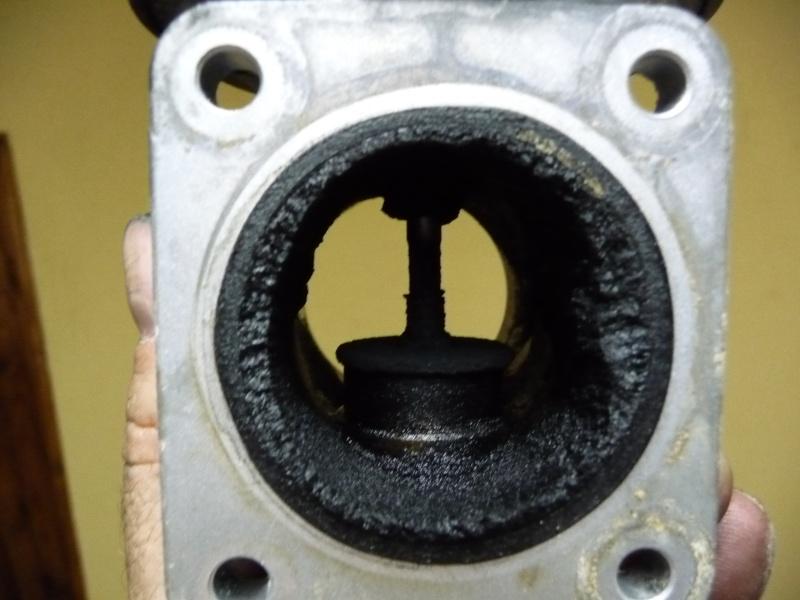 [BMW 530 d E39] Trappe à essence bloquée - Page 2 P1000921