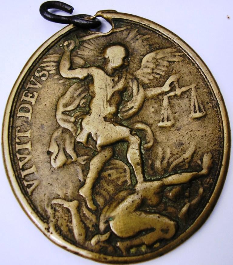 San Pedro -San Pablo -Arcángel San Gabriel: Roma. Medall18