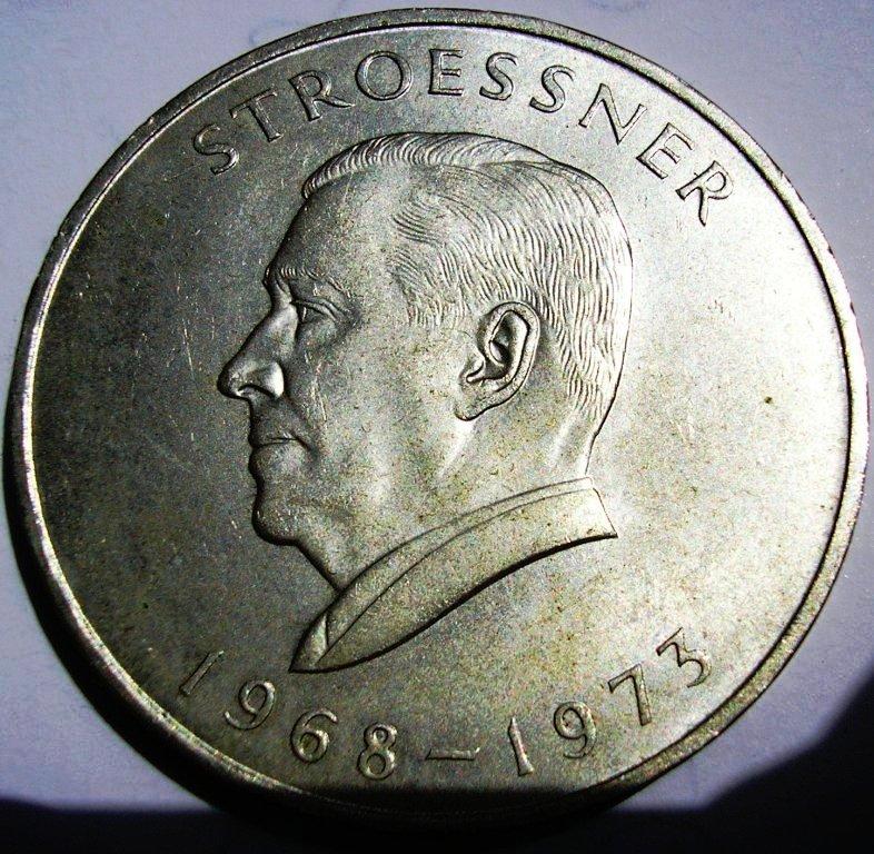 300 guaranies 1968 a 73: IV mandato de Stroessner. Paragu11
