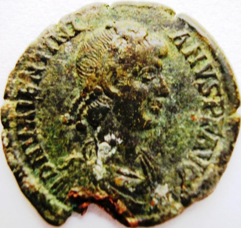 Leyendas anverso en REPARATIO REI PVB de Valentiniano II. Valent10