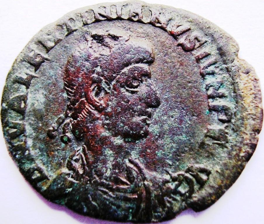 Leyendas anverso en REPARATIO REI PVB de Valentiniano II. Valent12