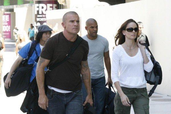 صور جديده لممثلى برزن بريك الموسم الخامس Prison Break| Sequel  Mv5bmt17