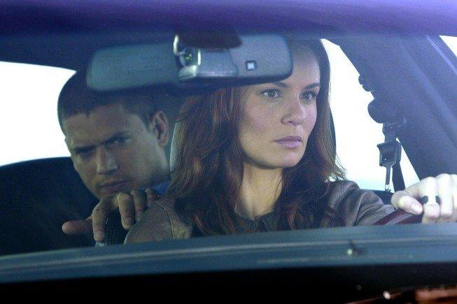 صور جديده لممثلى برزن بريك الموسم الخامس Prison Break| Sequel  Mv5bmz10