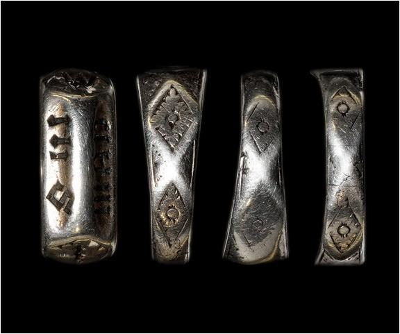 L'anneau de Jeanne Anneau10