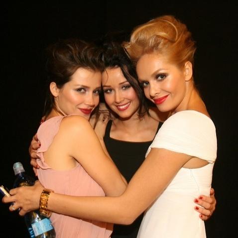 Official Thread of Miss World 2006 - Tatana Kucharova (Czech Republic) - Page 3 24292510