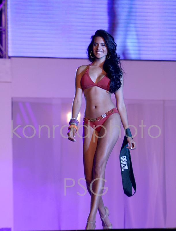 Official thread of Miss EARTH 2009 * Larissa Ramos (Brazil) Img-9610