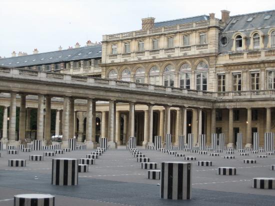 Le Palais Royal Aaa20