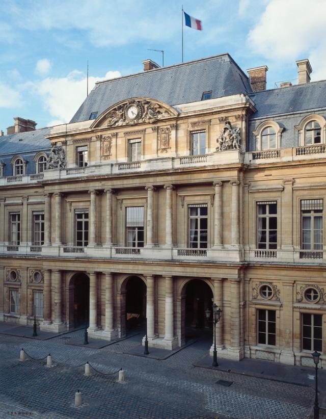 Le Palais Royal Aaa23