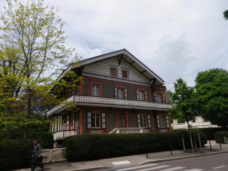 VICHY, « Reine des villes d'eaux » Vichy_14