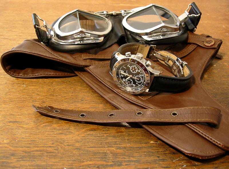 Breitling - La montre de pilote du jour - Page 18 Dodane10