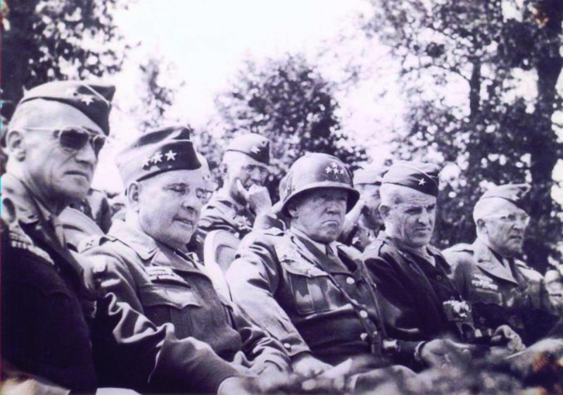 Général George Smith Patton Patton12