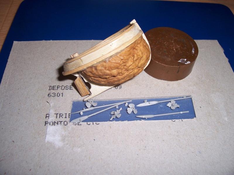 TOOT TOOT! remorqueur coquille de noix 100_1910