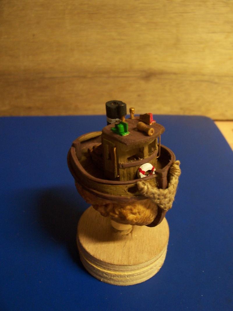TOOT TOOT! remorqueur coquille de noix 100_1911