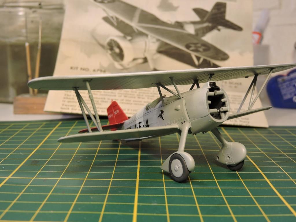 [Monogram] Curtiss goshawk F11C-2 - Page 2 Curtis32