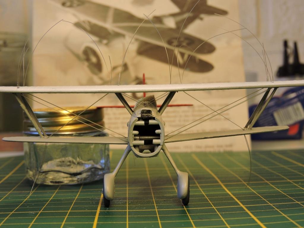 [Monogram] Curtiss goshawk F11C-2 - Page 2 Curtis36