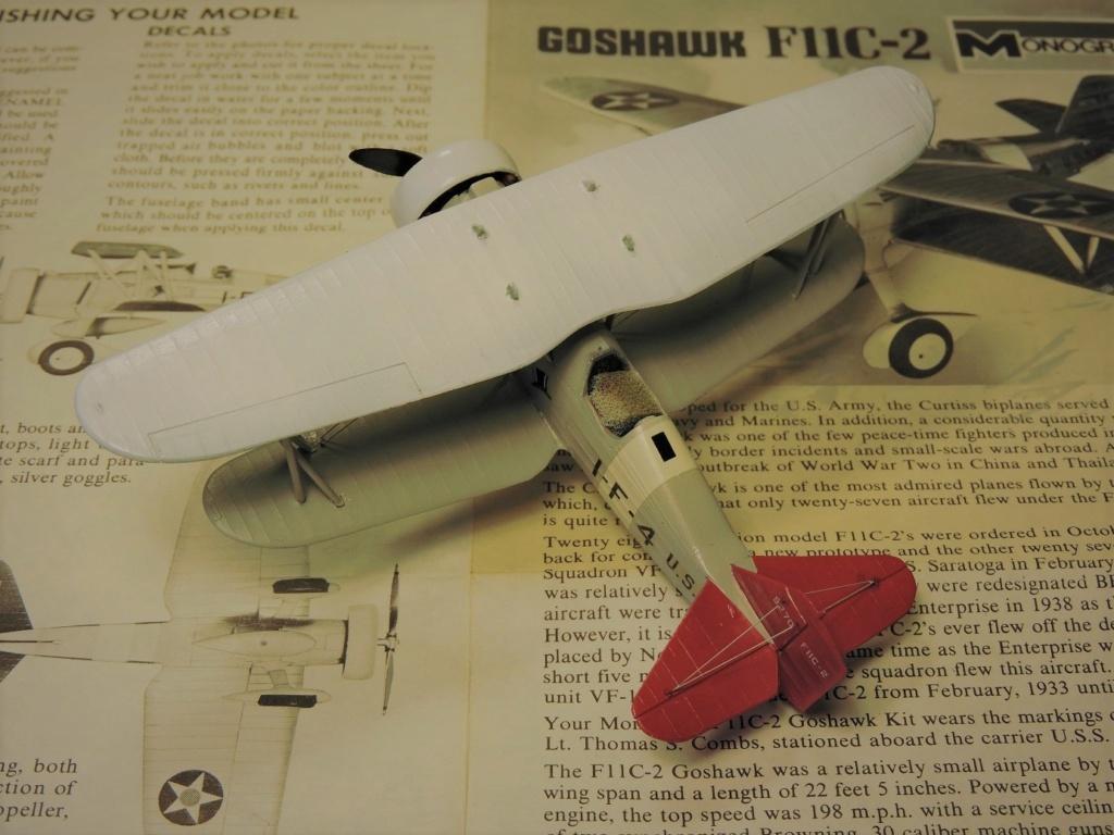 [Monogram] Curtiss goshawk F11C-2 - Page 2 Curtis38