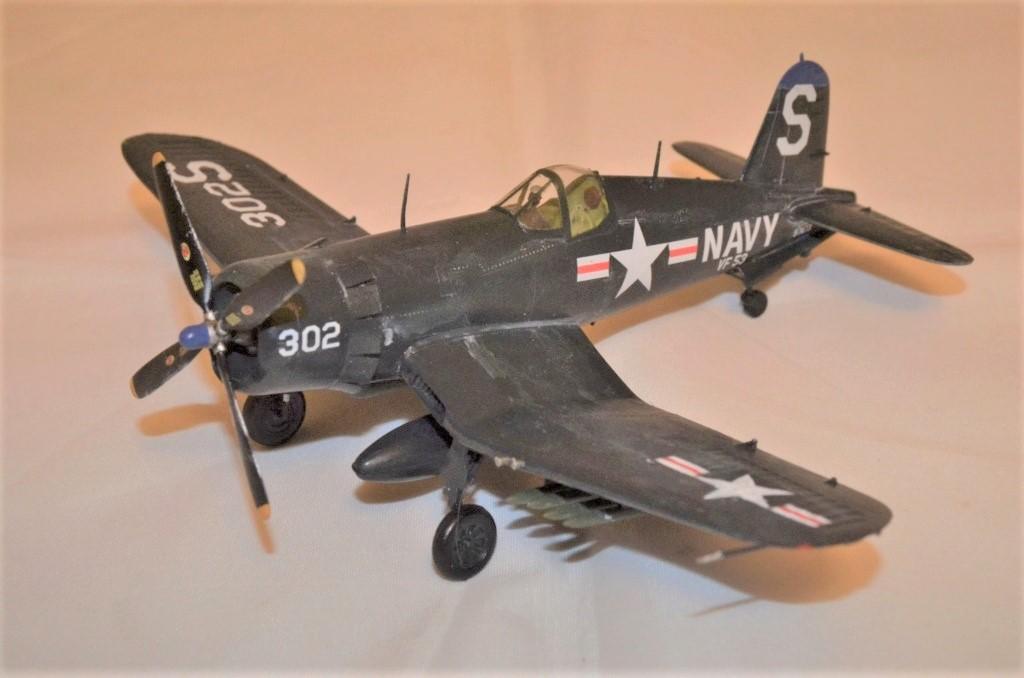[Hobbyboss] F4U-4 Corsair Dsc_0010