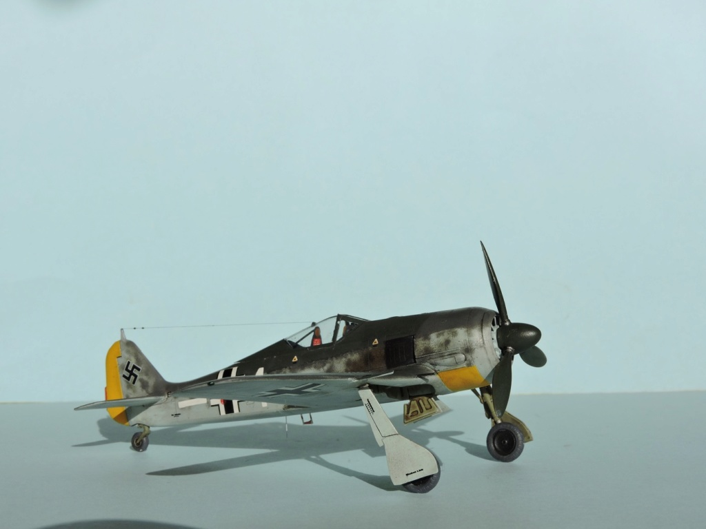 "Zvezda Focke Wulf 190 A4 ""FINIT"" - Page 2 Focke101"