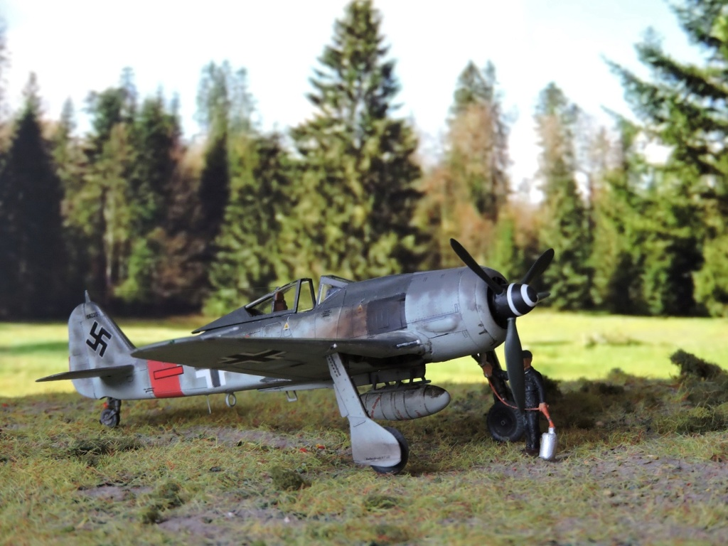 [Edouard] focke wulf 190 A-8 R2 terminé!! - Page 3 Focke136