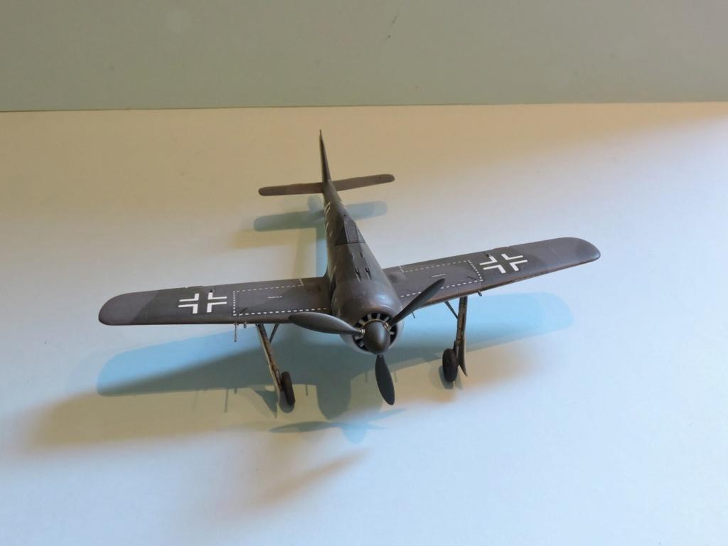"Zvezda Focke Wulf 190 A4 ""FINIT"" - Page 2 Focke_90"