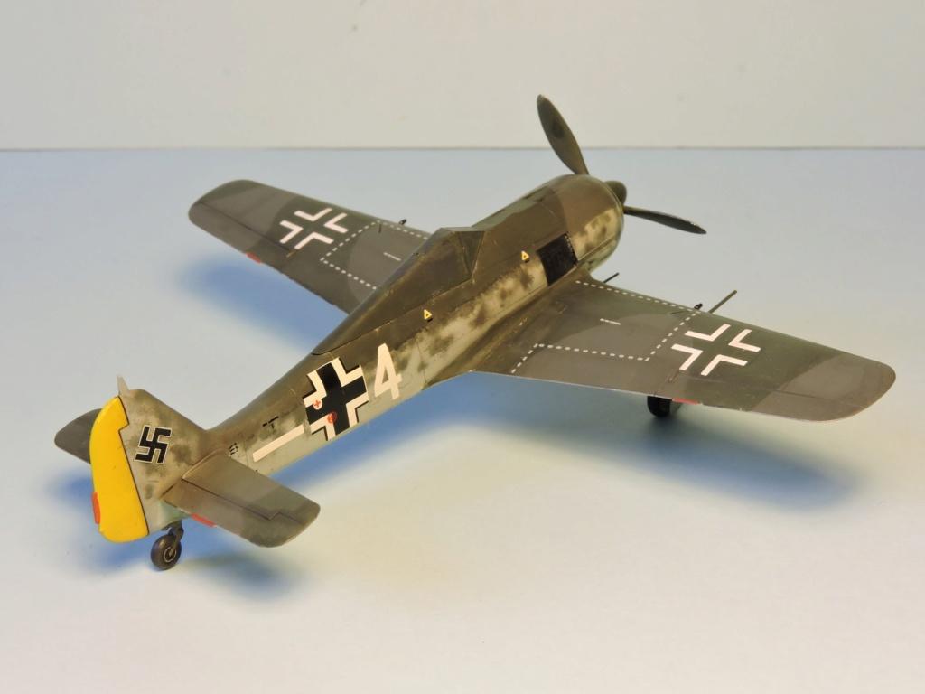 "Zvezda Focke Wulf 190 A4 ""FINIT"" - Page 2 Focke_93"