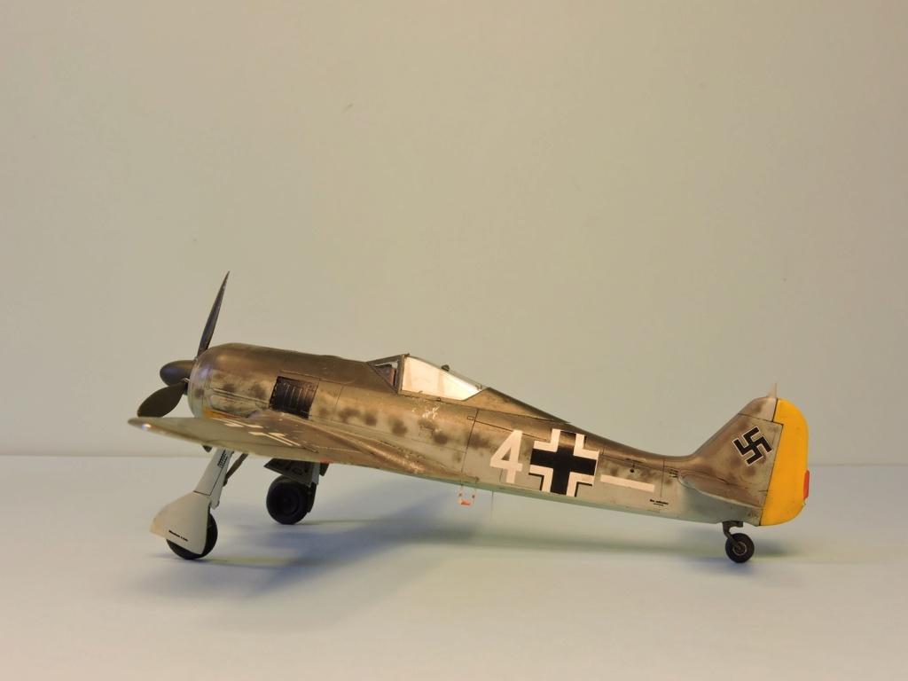 "Zvezda Focke Wulf 190 A4 ""FINIT"" - Page 2 Focke_95"