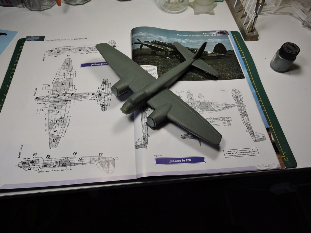[AIRFIX/FALCON] JUNKERS 88 A1 - Page 3 Junke112
