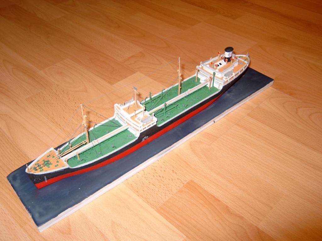"[Revell] Oil Tanker ""GLASGOW"" - Page 2 Le_gla10"