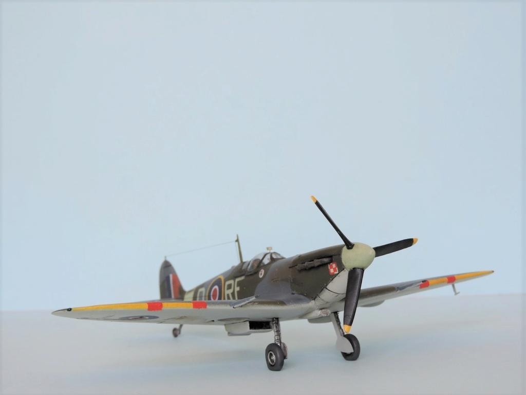 [Airfix] Spitfire MKV Spitfi40