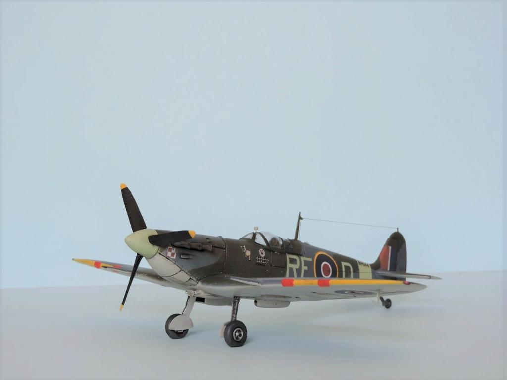 [Airfix] Spitfire MKV Spitfi41