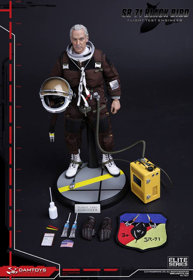 Blackbird SR71 - Flight Test engineer: 1/6  (Dam toys) 12993412