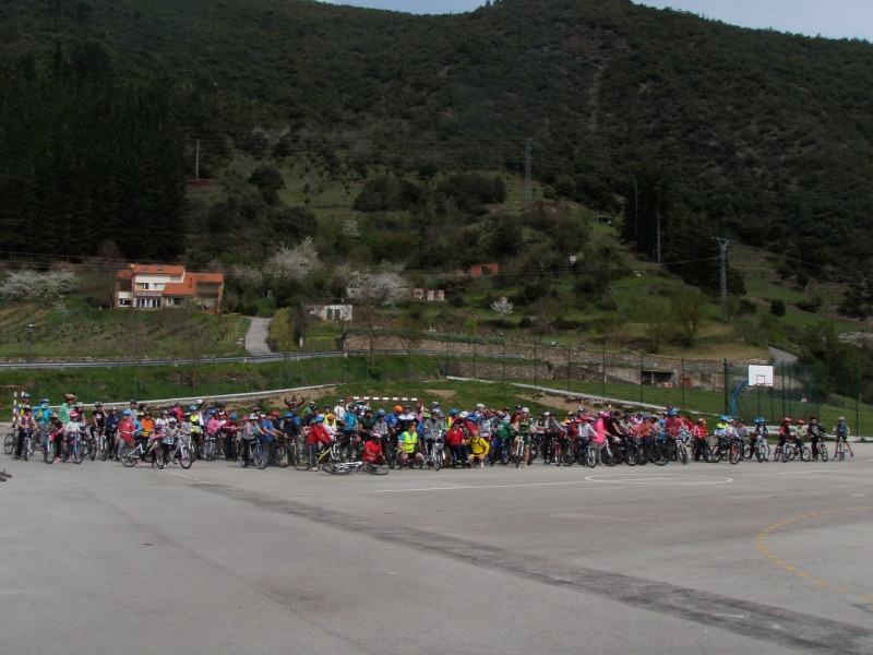 Proyecto Bici-Liébana Fiesta de la Bicicleta en Potes 19-4-16 P1010020