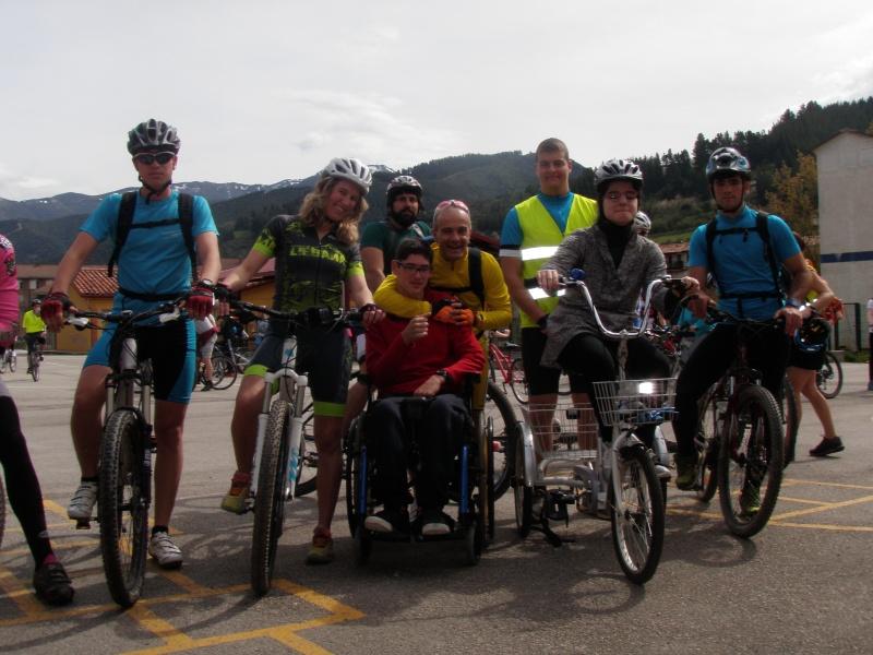 Proyecto Bici-Liébana Fiesta de la Bicicleta en Potes 19-4-16 P1010021